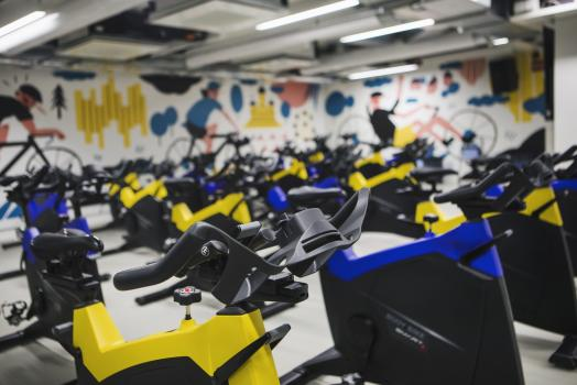 Indoor cycling room at UniSport Kluuvi