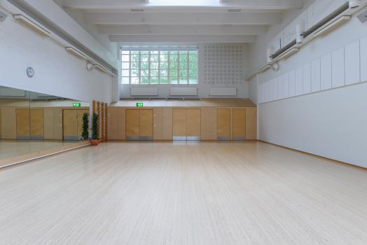 Aalto room in Otahalli is suitable for example for group training and yoga