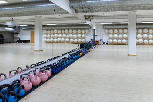 kettlebells and fitballs in meilahti sports centre